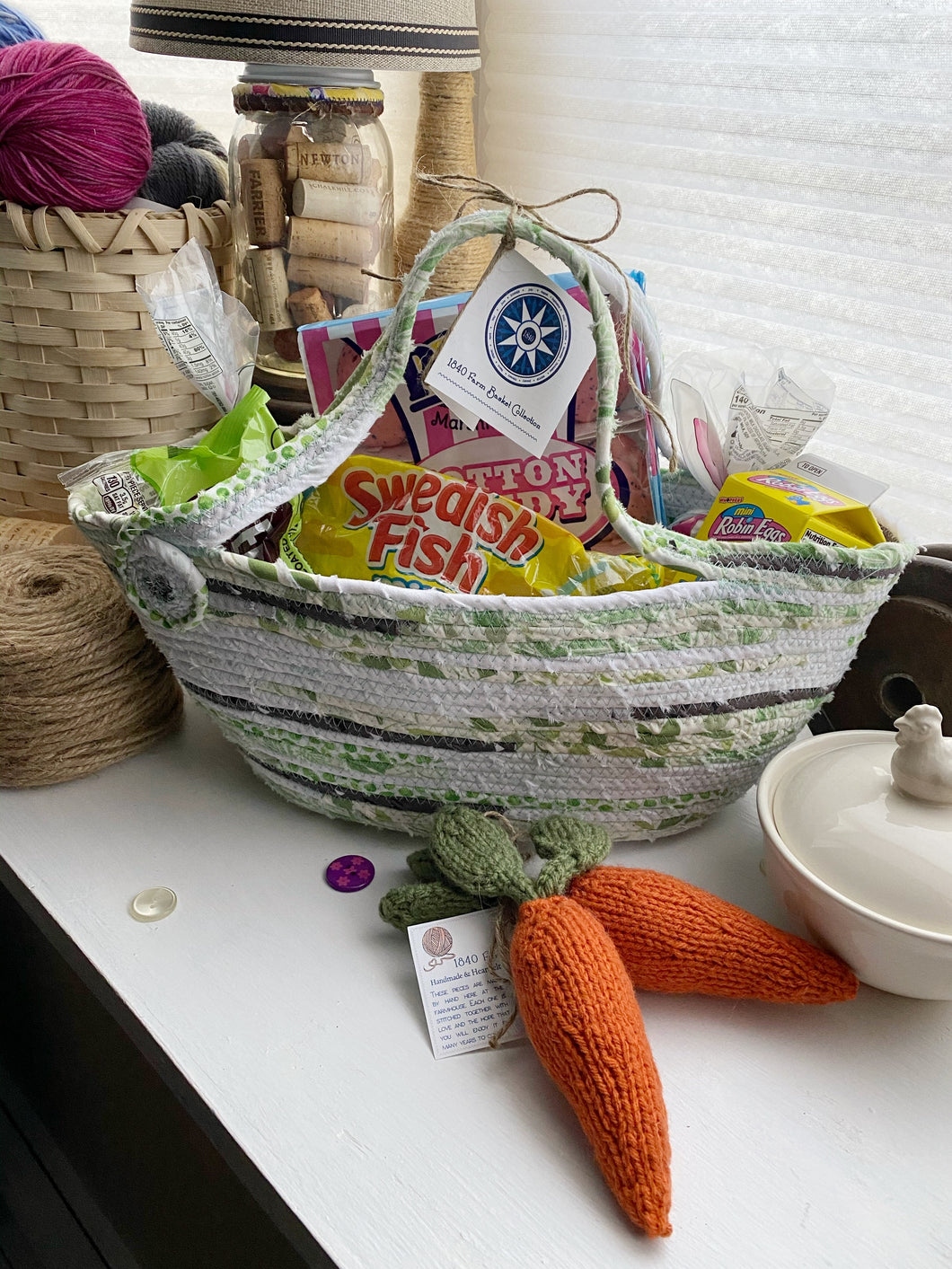 Large Easter Basket #1606