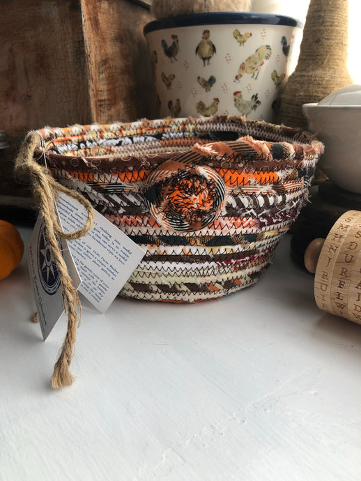Quarter Peck Basket #1541