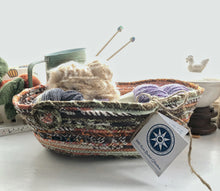Load image into Gallery viewer, Medium Farmhouse Trug Basket #1411