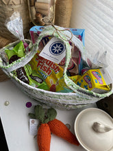 Load image into Gallery viewer, Large Easter Basket #1606
