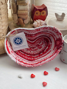 Medium Heart Shaped Table Basket #1588