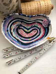 Small Heart Shaped Table Basket #1503