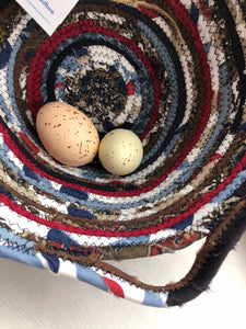 Medium Egg Basket #1456