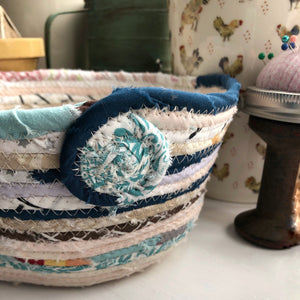 Quarter Peck Basket #1455