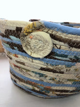 Load image into Gallery viewer, Medium Farmhouse Trug Basket #1366