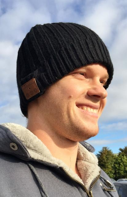 wireless-bluetooth-beanie