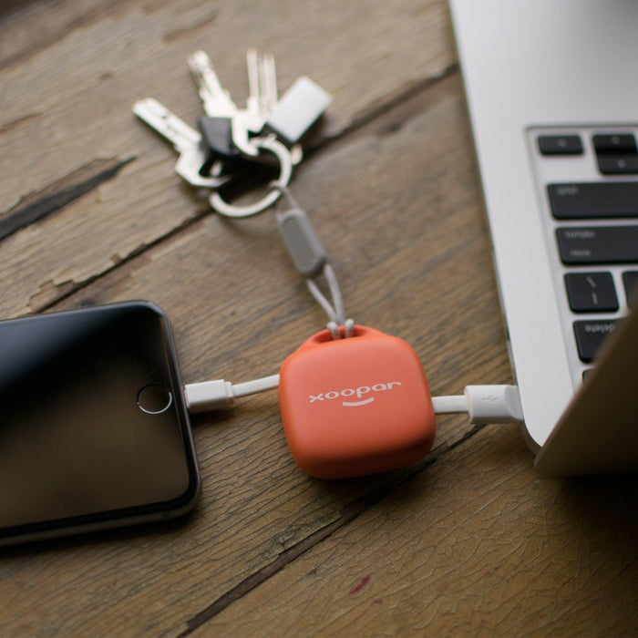 xoopar-keychain-power-bank-orange