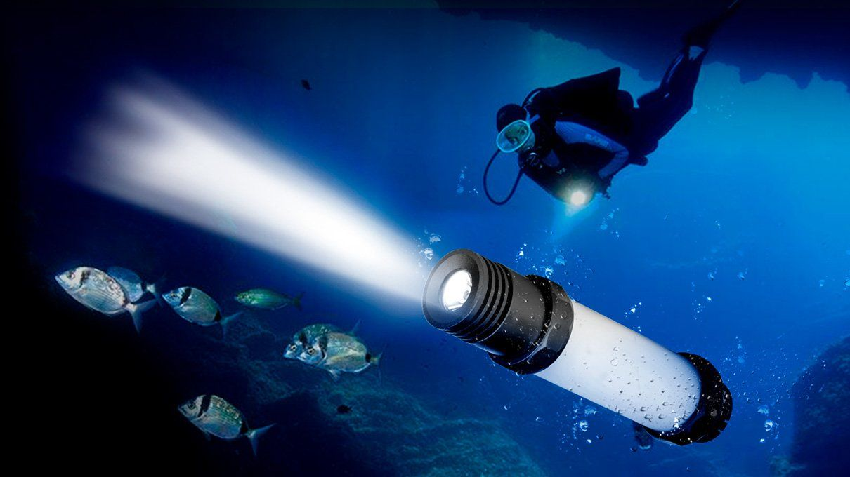 LED Diving Light & Torch with Underwater Beacon : IPX8