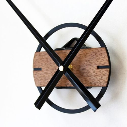 Metal and Wood Mechanism wall clock decoration