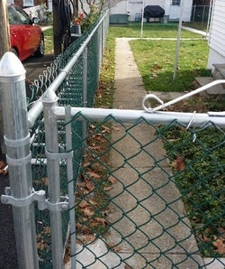 Choosing a Chain Link Fence