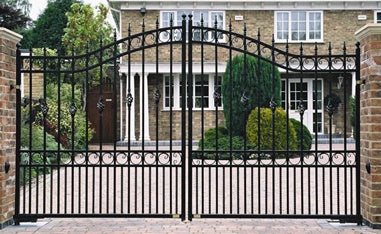 Why install an automatic driveway gate?