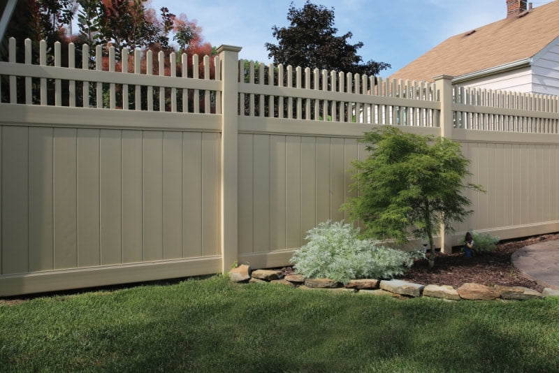Explore Vinyl Fencing Styles to Compliment Your Home or Business