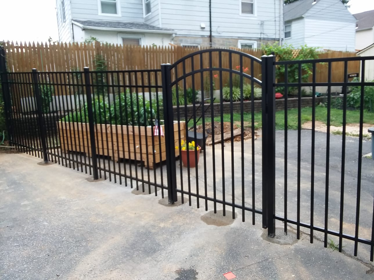 PA's Best Aluminum Fence contractor serving SE Pennsylvania