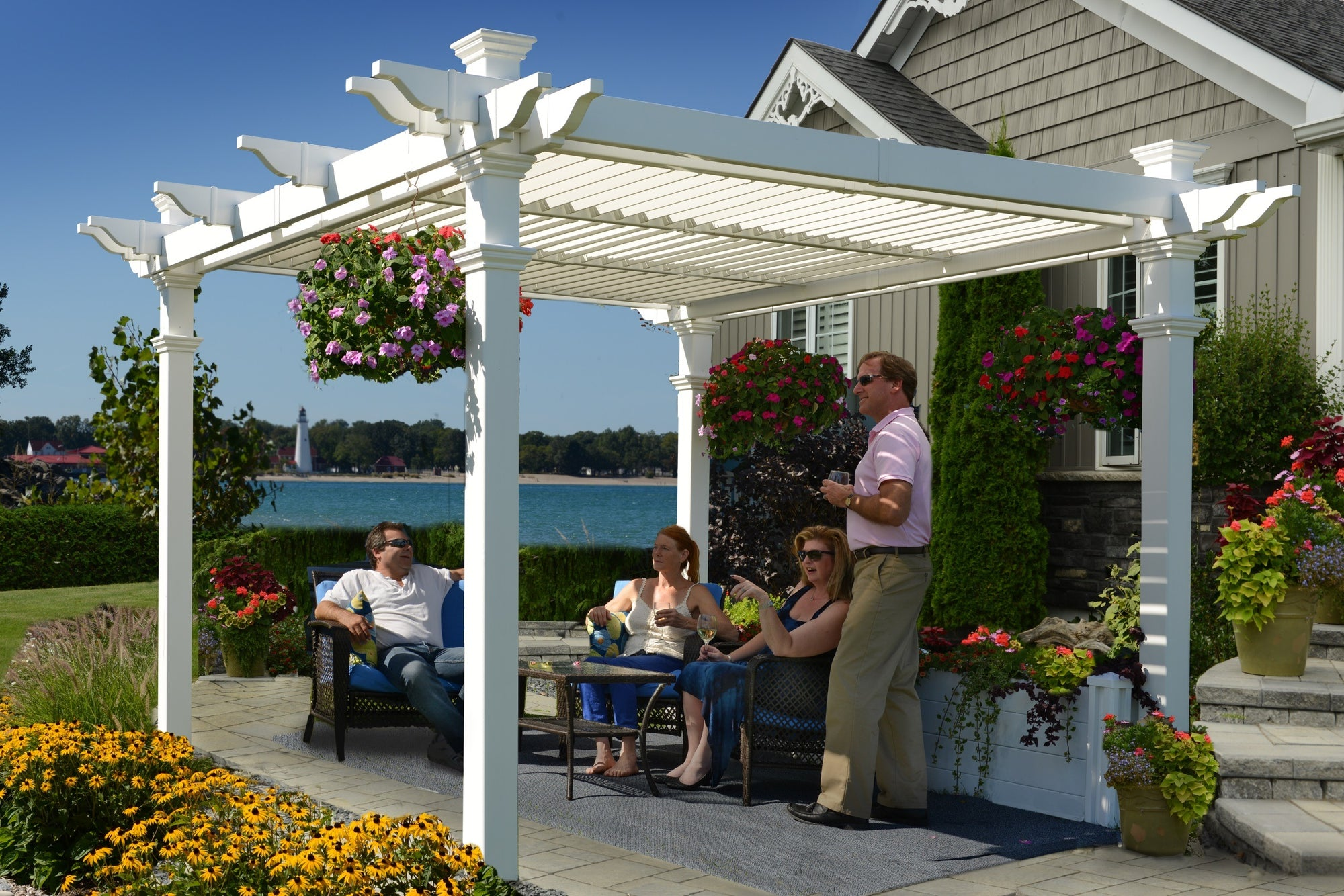 Avalon Louvered Pergola