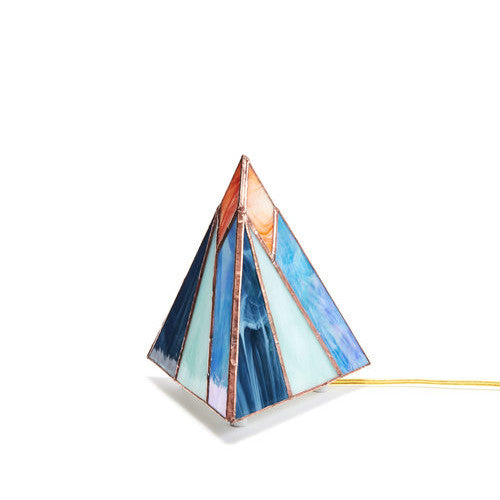 Pyramid Tabletop Lamp | Mountain