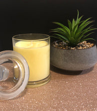 Load image into Gallery viewer, Lemon Fizz Scented Candle