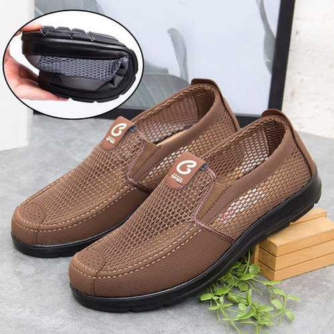 Men Old Peking Style Soft Sole Mesh Shoes
