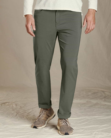 Pocket Rover Pant Lean