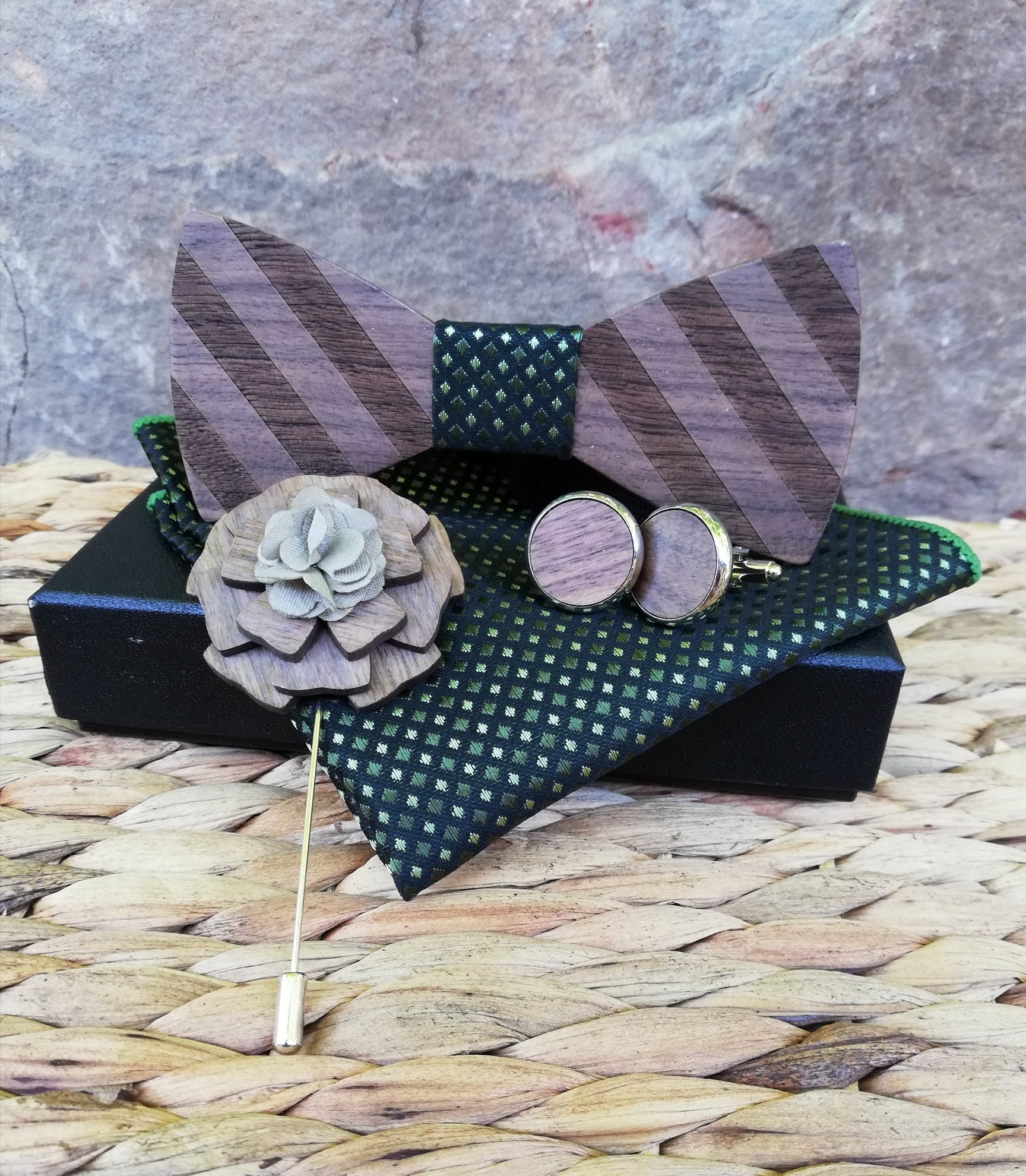 MENS WOODEN BOW TIE SET - other colours available