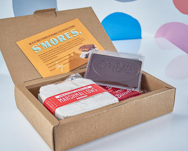 Amy's Ice Creams Holiday S'mores Kit Open