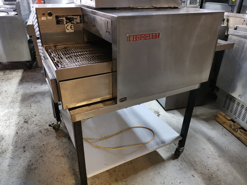 "Blodgett Conveyor Pizza Oven, 18"" belt"