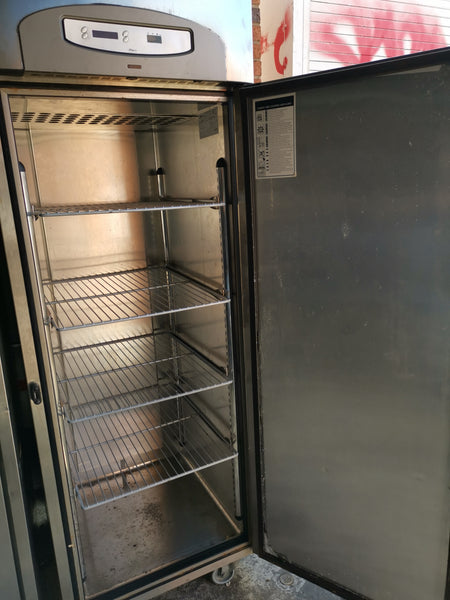 Foster upright freezer