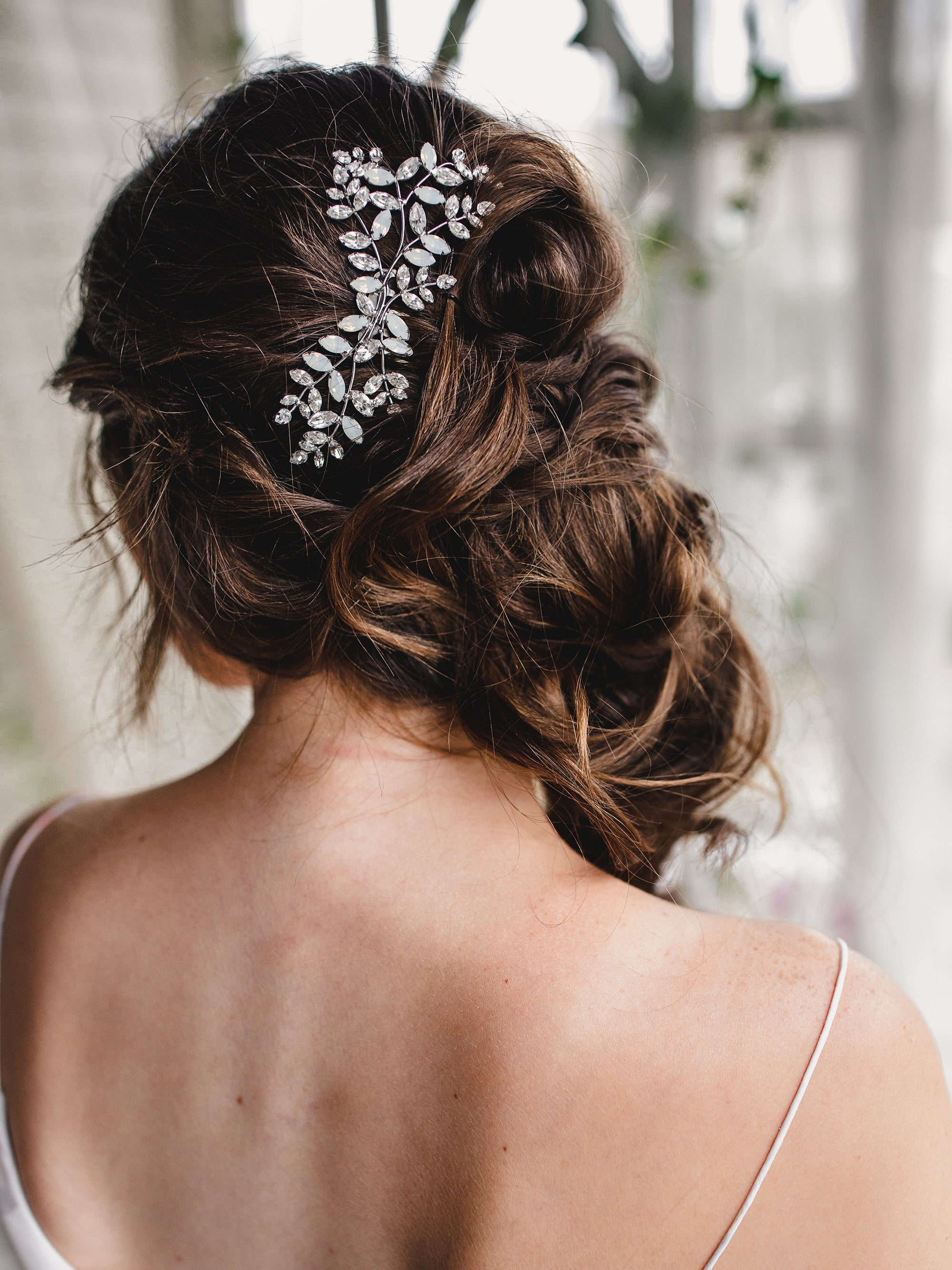 Rent Wedding Headpiece-Elora Comb-Happily Ever Borrowed