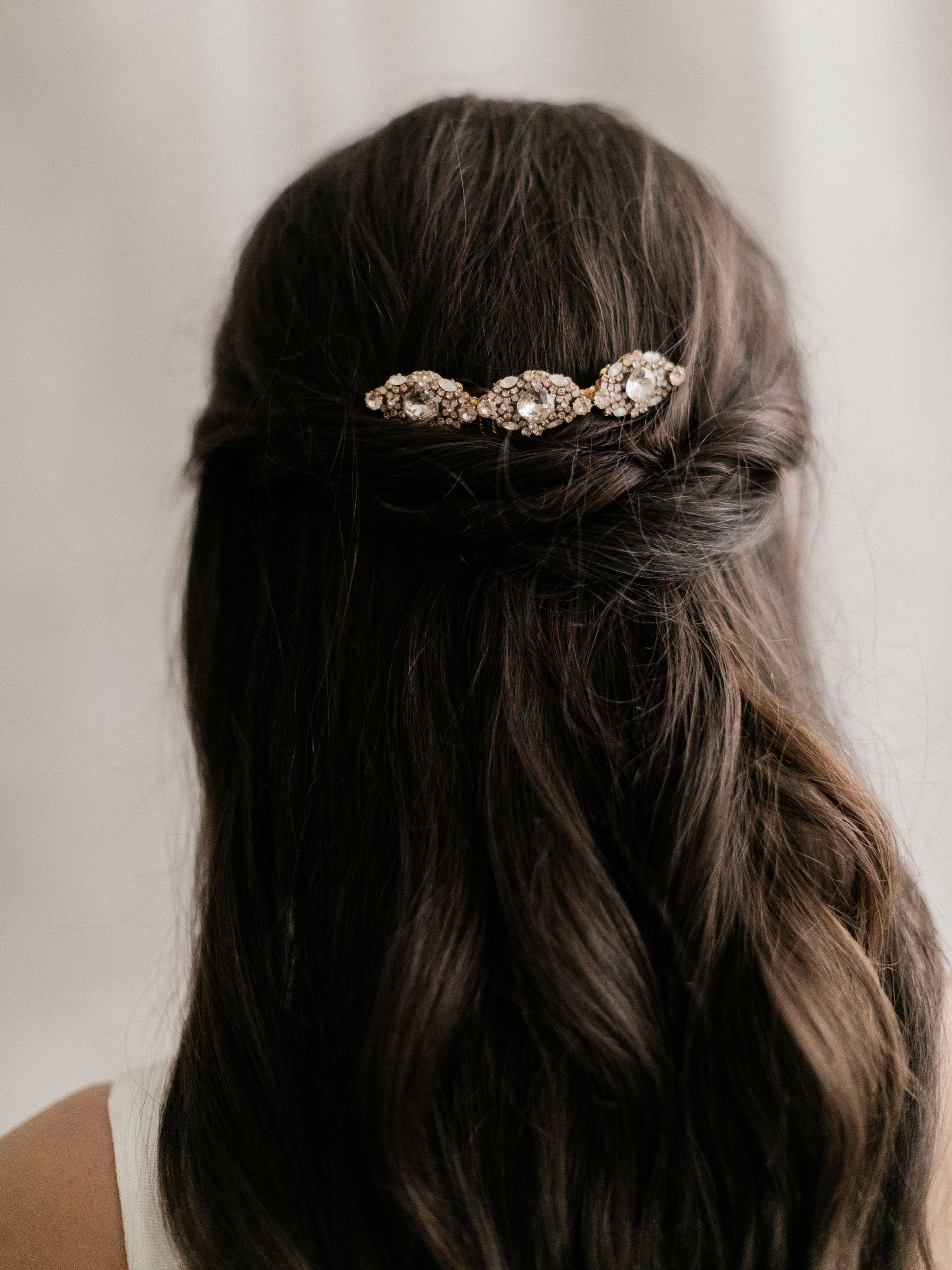 Rent Wedding Headpiece-Lindsie Gold Comb-Happily Ever Borrowed