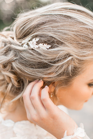Cinzia Leaf Halo-Hairpins & Combs-Brides & Hairpins-Happily Ever Borrowed
