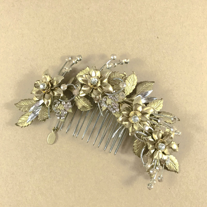 Rent Wedding Headpiece-Dew Drop Comb-Happily Ever Borrowed