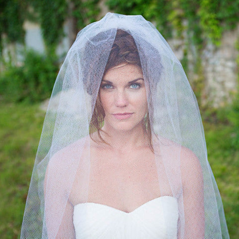 "Honeycomb 42"" Veil-Veils-The Yellow Peony-Ivory-4 Day Rental-Happily Ever Borrowed"