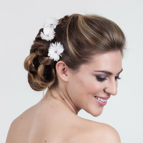 Octavia Feather Fascinators-Hairpins & Combs-Justine M. Couture-White-4 Day Rental-Happily Ever Borrowed