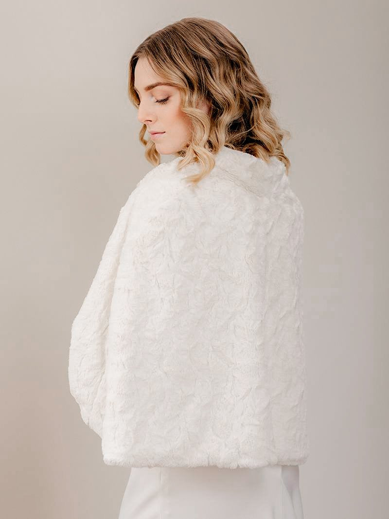 Bridal Fur Cape_Wedding Shawl Rental