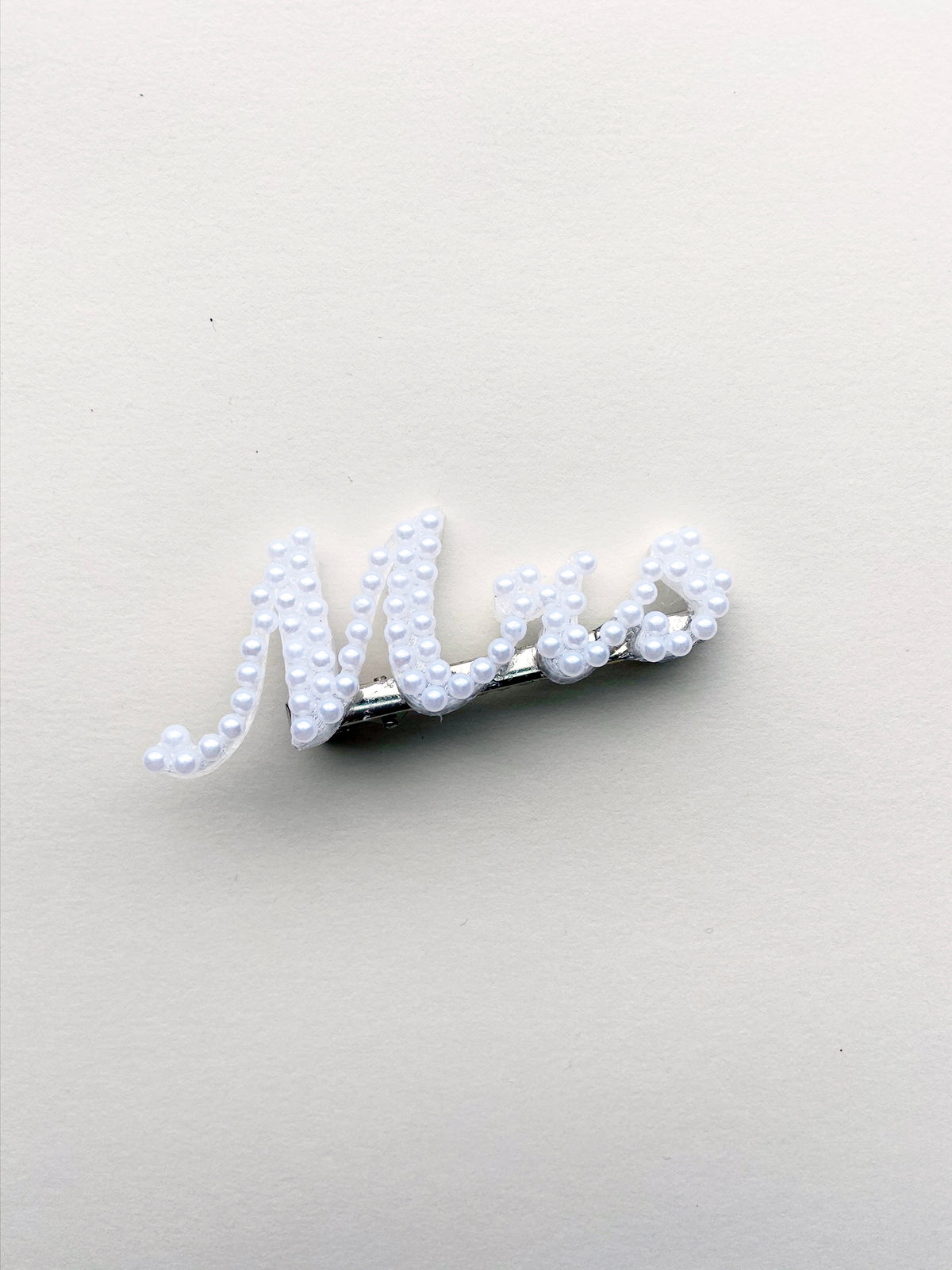 Rent Bridal Hair Accessories - Mrs Pearl Hair Clip - Happily Ever Borrowed