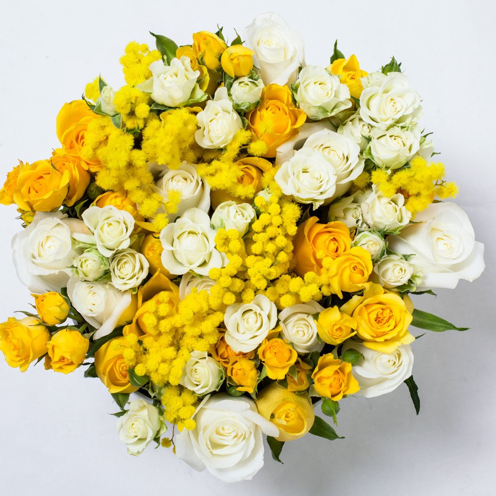 8 March Collection - Medium Box - Rose Bianco Giallo Mimose - Scatola Nera