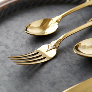 Vintage London Design 24 pieces Luxury Gold Plated Steel Dining Set | Vintage Western Gold Plated Cutlery 24 pcs Dining Knives Forks Spoons Teaspoons Set Golden Luxury Dinnerware Engraving Tableware Set | Complete Set Unique Design | Best Spoon Fork Teaspoon Set for Kitchen Home | Eating Utensils Dinner Serving Set