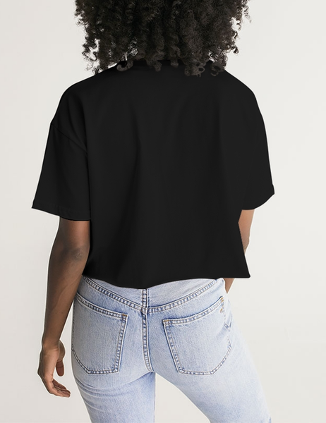 All Dressed Up And Nowhere To Party Naked | Women's Oversized Crop Top T-Shirt