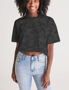 Dark Jungle Military Camouflage Print | Women's Oversized Crop Top T-Shirt