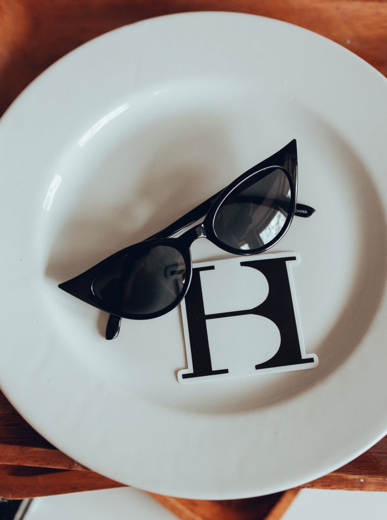 Feline Good Cat-Eye Sunnies / BLACK