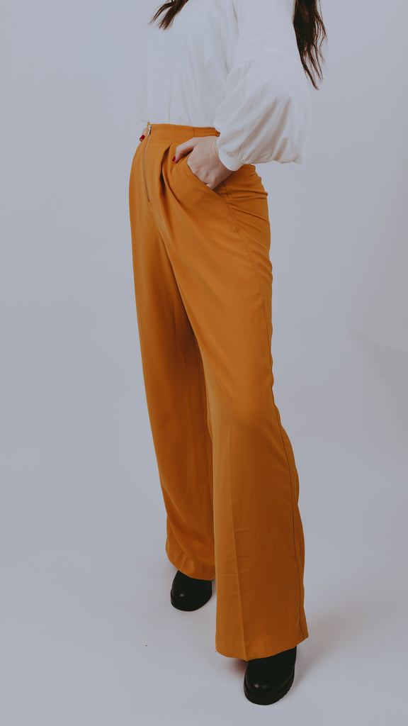 Zipped Up Wide Leg pants / MUSTARD