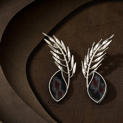 Innately alluring earring in Silver