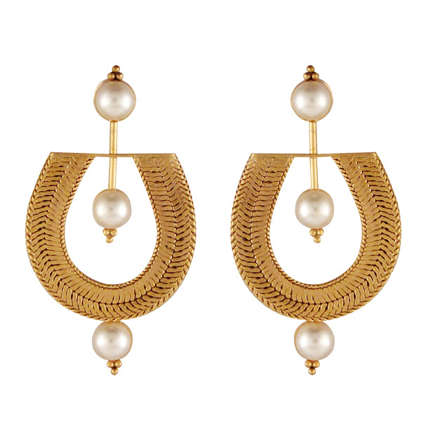Fantabulous pearl and gold earrings