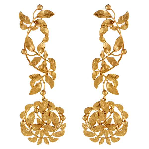 gold-rose-vine-ear-cuff-worn-by-sonam-kapoor