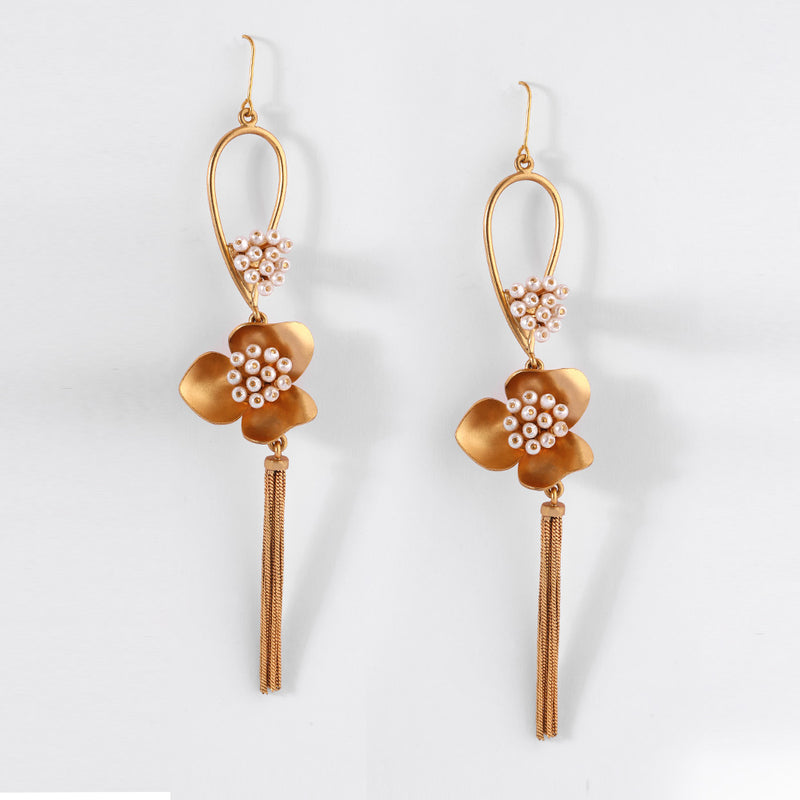 GOLD PLATED DROP EARRING WITH TASSELS