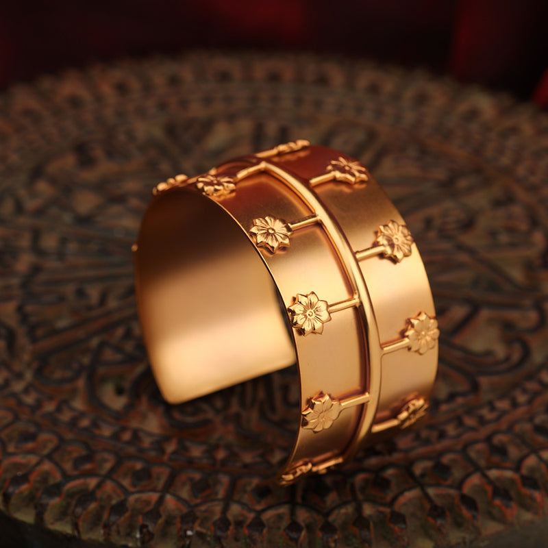 Radiant reflection cuff
