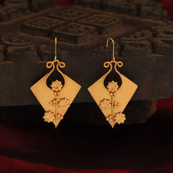 Rhythmic revival earring