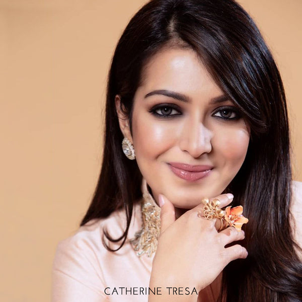 GOLD TONED VIVID ORANGE LILY TWIST RING WITH CREST & MOGRA BUDS worn by catherine tresa