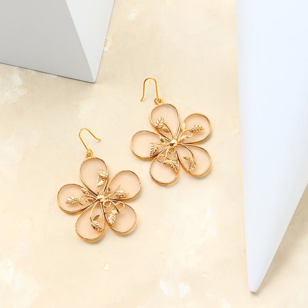 Golden 5 Petal Flower Earrings worn by Sonam Kapoor