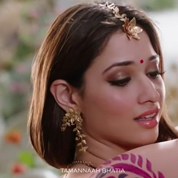 Gold Toned Serrate Leaves & Orange Blossom Maangtika Worn by Tamannaah Bhatia