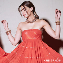Gold Toned Double Mesh Bracelet Worn by Kriti Sanon